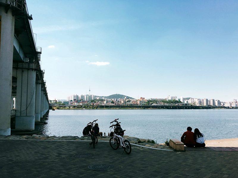 Seoul Bamdokkaebi Night Market - Han River Cycling - Sehee in the World