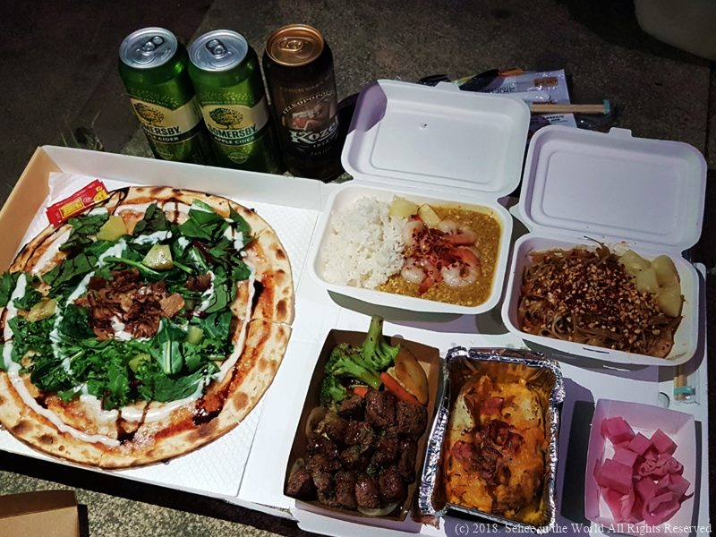 Seoul Bamdokkaebi Night Market - Beers from Convenience Store and Food from Food Trucks - Sehee in the World