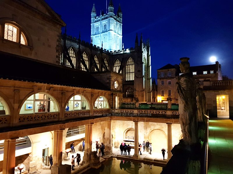 The Roman Baths at Night - Sehee in the World