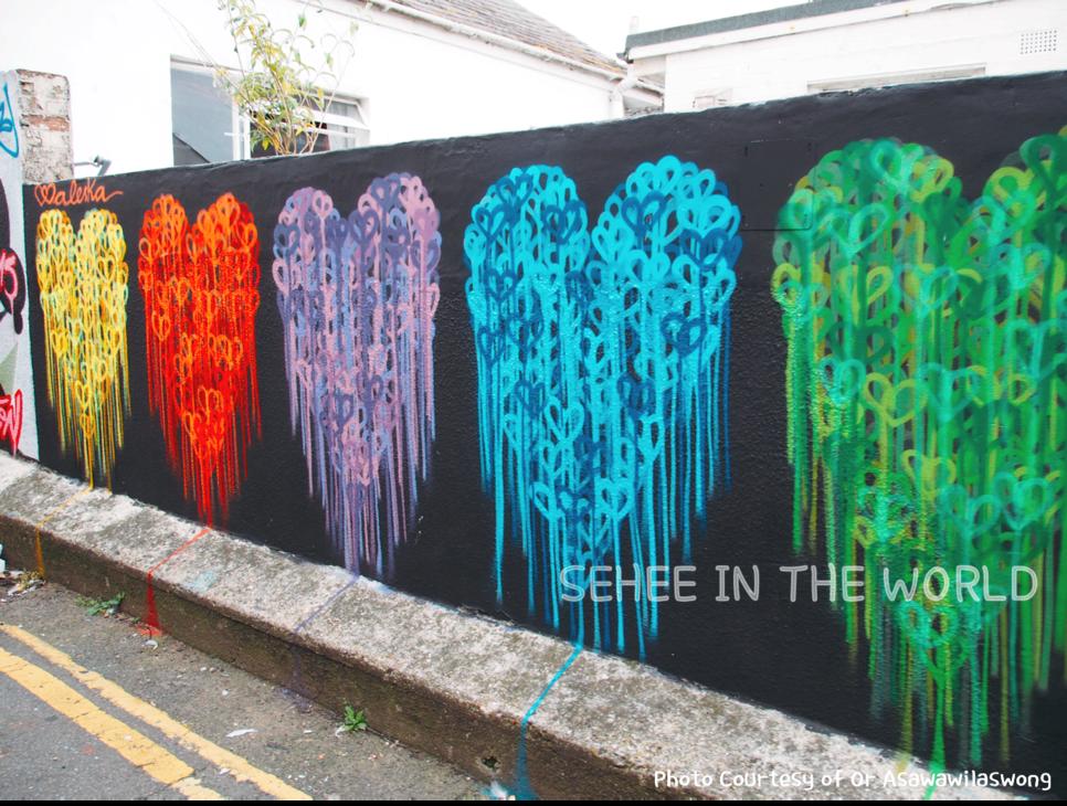 Brighton, Alley, Graffiti, hearts