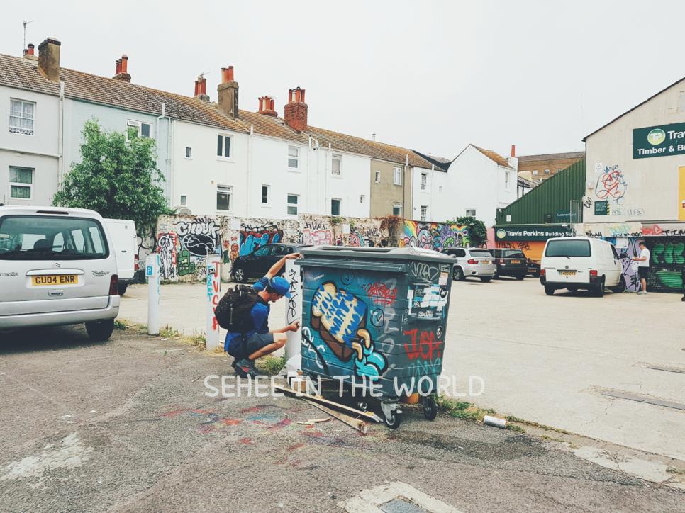 Brighton, Alley, Graffiti