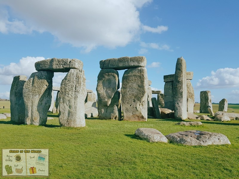 A photo of Stonehenge on a sunny day - photo taken by me, Sehee in the World